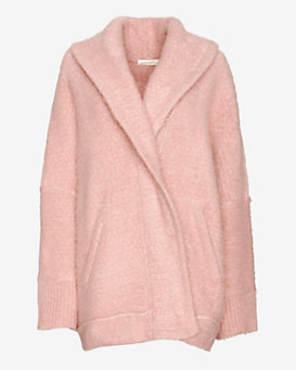 Inhabit Oversized Throw: Pink