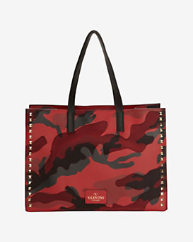 Valentino Rockstud Medium Leather Tote: Red Camo