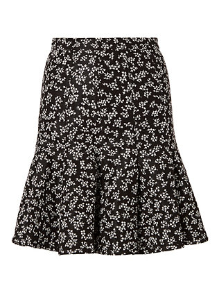 Lace Pattern Pleated Skirt
