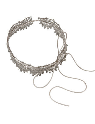 Andalusia Scalloped Lace Choker